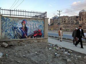 Street art Afghan = prise de risques de l'artiste féminine.